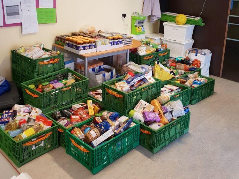 Al Qoubaschool inzamelactie Voedselbank Haaglanden